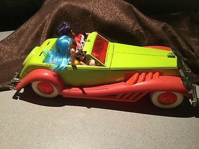 Jem and the Holograms Rockin Roadster Car and 2 Dolls by Hasbro 1986