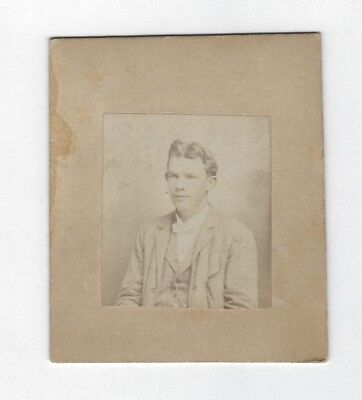 OLD VINTAGE ANTIQUE SMALL CABINET CARD PHOTO of YOUNG MAN w/ THICK WAVY HAIR