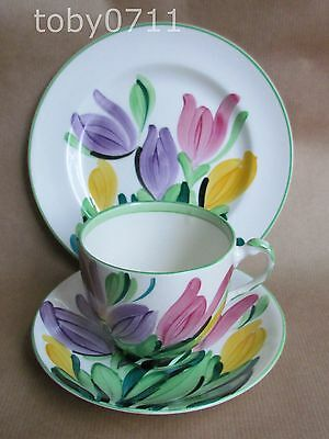 GRAY'S POTTERY HAND PAINTED CROCUS 8982 PATTERN TRIO DATE:1930 GRAYS   (Ref263)