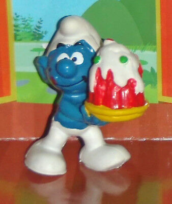 Vintage Smurf With A Smurfberry Tart 1978 Smurf Lot