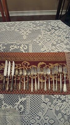 Vintage Silver Plate Flatware Lot Of 17 Pc For Crafts Or Scrap