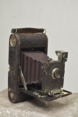 EKC  No. 3A Folding Pocket Kodak Model C Camera - Maroon Bellows