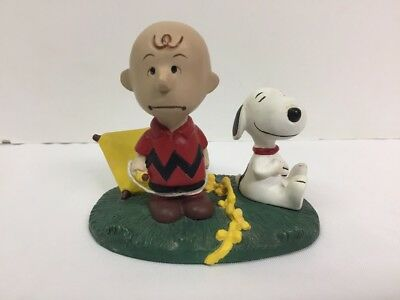 "The Danbury Mint Peanuts ""Strung Out"" Figurine Charlie Brown and Snoopy"