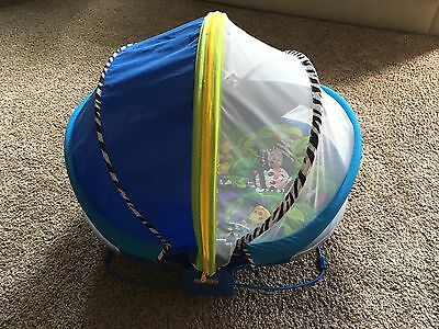 Fisher Price Bounce N Play Portable Bassinet activity dome tent Travel Outdoors
