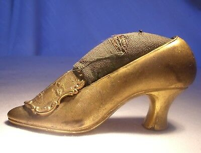 Antique metal SHOE PIN CUSHION WILLIAM McKINLEY MONUMENT BUFFALO NY VICTORIAN