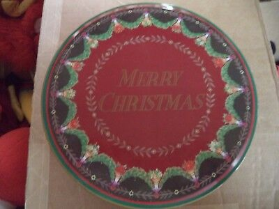 "Spains Inc Red & Green Merry Christmas Garland Cookie Biscuit 6 1/2"" Round Tin"