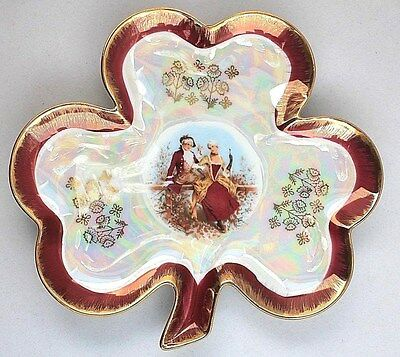 Victorian style Parcelain Collectors Decorative Pearlized Plate 8""