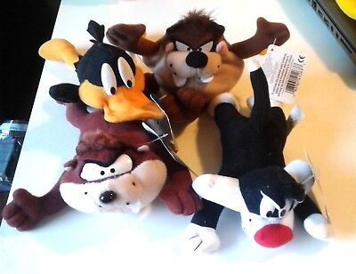 """LOT of 4) 1997 LOONEY TUNES BEANIES <SALVESTER<DAFFY< TAZ  2X ALL TAGS. """"WB"""""""