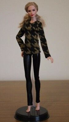 """Clothes for Fashion Royalty Doll, Blouse """"Houndstooth"""" Print and Leggings"""