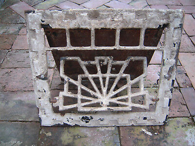 Vintage Ornate Cast Iron floor wall heat grate no louvers Art Deco pattern