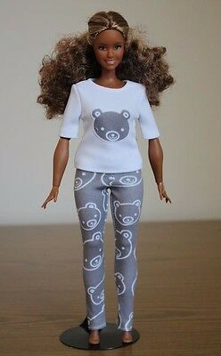 """Clothes for Curvy Barbie Doll. T-shirt """"Bear"""" and Leggings for Dolls."""