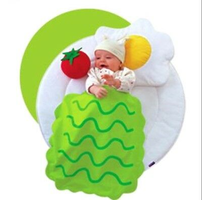 Combi smile laboratory baby play mat