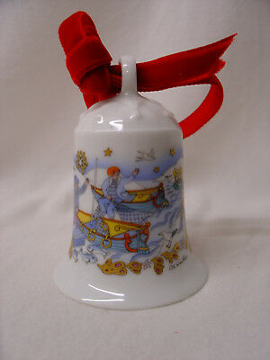 Hutschenreuther Weihnachtsglocke 1984 7cm in Styroporverpackung, rotes Samtband