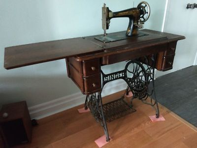 1910 vintage singer sewing machine and treadle