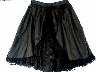 """Tiers of Ruffled Lace Square Dancing Skirt Size M, 20"""" Long"""