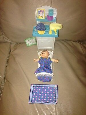 1995 Cabbage Patch Kid  With Mini Bedtime  Playset So Adorable