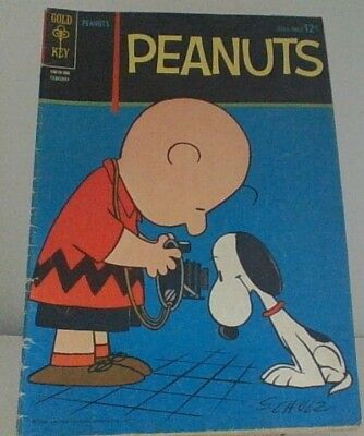 Vintage Peanuts Snoopy Four Color Golden Age Comic #4 Very Nice Condition