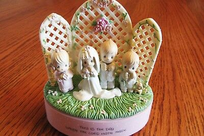 """Music Box Precious Moments """"this Is The Day Which The Lord Hath Made"""""""