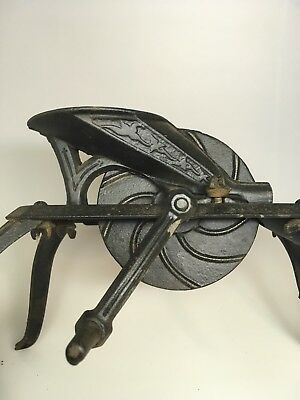Vintage Cast Iron Ornate Cherry Seeder Pitter Stoner Spider Leg Primitive Decor