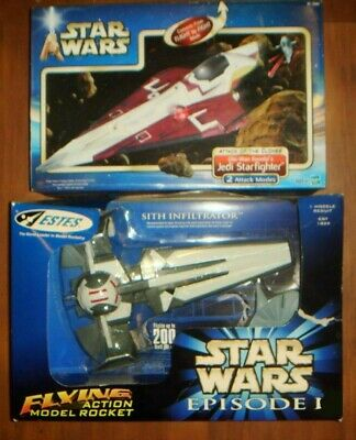 Star Wars Episode 1 Sith Infiltrator Attack of The Clones Jedi Starfighter Lot 2
