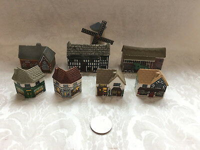 WADE WHIMSEY ON WHY Miniature ENGLISH VILLAGE HOUSES Set #2 Porcelain Figurines