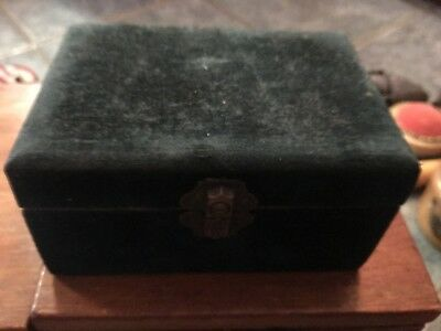 Antique Old Vintage Spool Holders Box Sewing Clark's Ont Velvet Pin Cushion