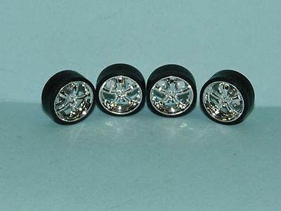 1/24 Wheel & Tyre Set Chrome Mags Low Profile Tyre Great for diorama or rebuilds