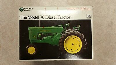 John Deere precision series The Model 70 Diesel Tractor 1/16 Scale No. 5788