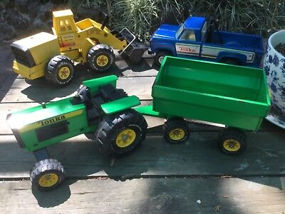 Vintage Tonka truck tractor and trailer