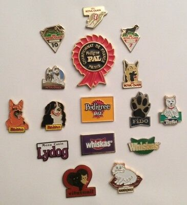 Lot 12 Pin's Food Aliment  Chiens Dogs Pets Chats  Animals Pal Friskies Canin