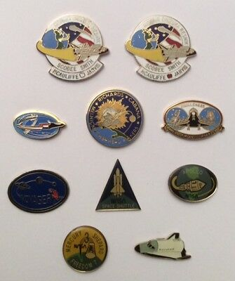 Lot 10 Pin's Airspace Space Conquest Columbia Challenger Discovery Variety on 2
