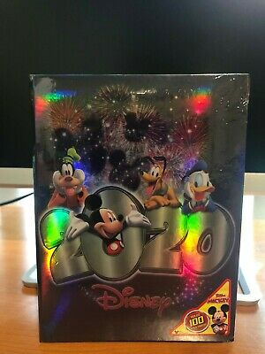 Disney 2018 Dark Blue w/ Silver Year Fireworks 100 Photo Album