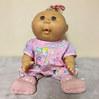 Very Cute Mattel 1991 Cabbage Patch Kid in CPK Outfit.