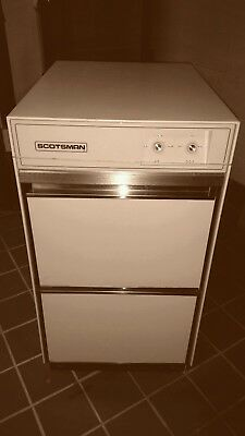 Scotsman ice maker, model # CSWE1AE1A0, excellent condition