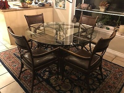 Super Round 48 Glass Dining Table With 4 Chairs 250 00 Picclick Unemploymentrelief Wooden Chair Designs For Living Room Unemploymentrelieforg