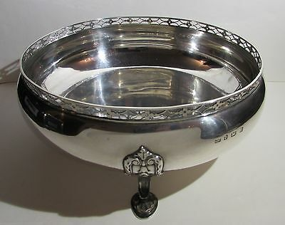 Handsome Solid Silver Fruit Bowl by Mappin and Webb Birmingham 1924