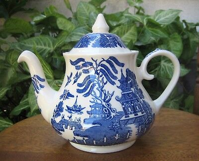 Blue Willow Teapot Original Eit,  Made In England