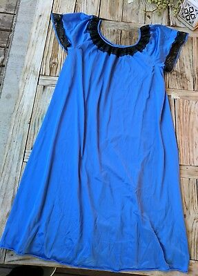 Vintage FIRST LADY night gown lingerie SIZE 1X (XL) blue with black lace trim