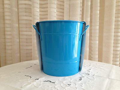 Hawaiian Blue Ice Bucket with Scoop