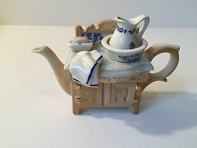 "CARDEW Collectible 1-Cup Porcelain Teapot ""Wash Stand"" Design"