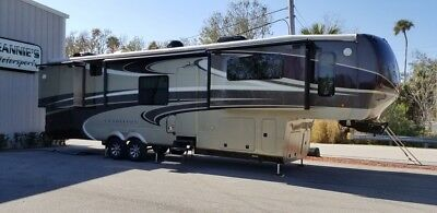 2014 DRV Tradition 390 FLS - 5 Slides - Excellent Condition