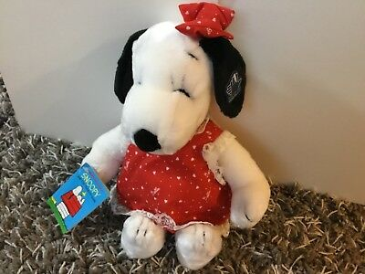 Vintage Peanuts Belle plush tags Applause Snoopy United Feature Syndicate