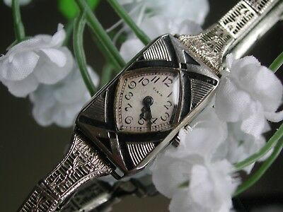 1920's Ladies Art Deco Black Enamel Elgin Watch ~ Filigree Band ~ Runs