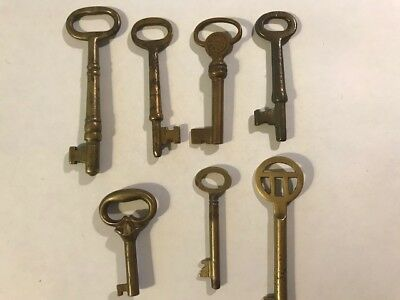 Lot Of 7 ANTIQUE Brass Ornate Flat Hollow Skeleton Key Vintage door lock cabinet