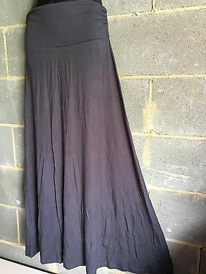 NOW REDUCED.Lot of 5 spandex maxi skirts.Good quality.5 colors.One fit.BARGAIN.