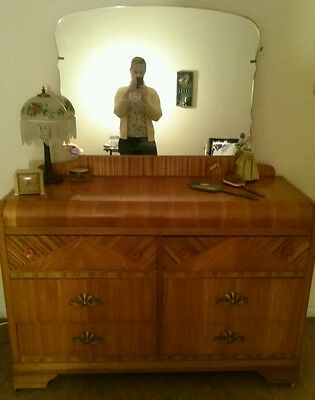 GOING...GORGEOUS ART DECO 1930s Waterfall dresser !