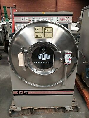 Milnor 30015M6J 35lb Washer