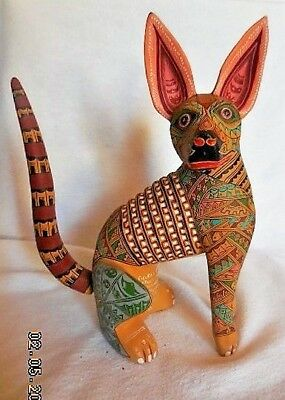 Oaxacan Wood Carving By Jacobo & Maria-Angeles Dated 2005 Signed Hairless Dog