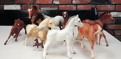 Mix Lot Of 9 Breyer Horses Some Vintage- Flicka