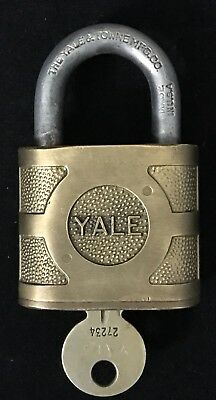 THE YALE & TOWNE MFG CO Padlock BRASS Vintage Old Antique Lock WITH KEY